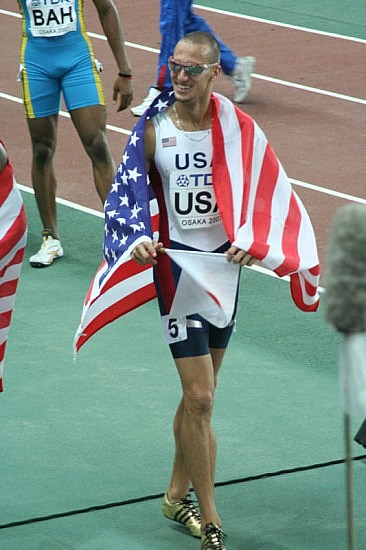 Jeremy Wariner after winning gold with the US 4x400 metres relay team (World Athletics Championships 2007 in Osaka). Photo by Eckhard Pecher